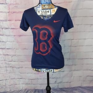 Nike Boston Red Sox tee size small